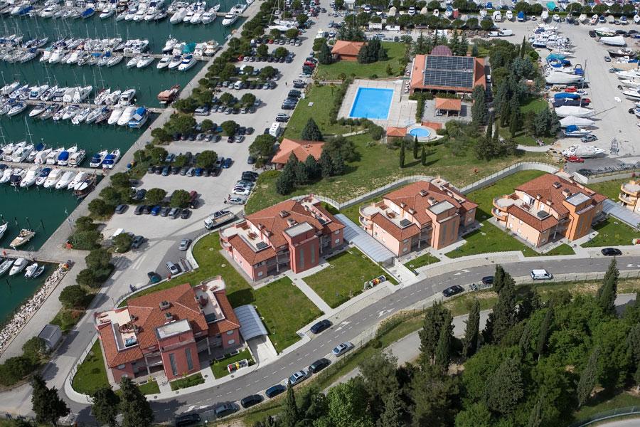 Apartmani Residence Marina 4*
